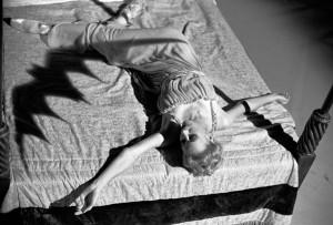 dracula bed